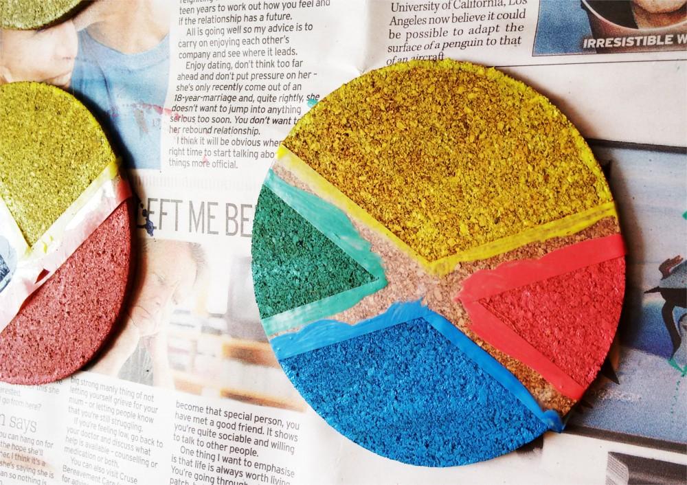 DIY Kolorowe podkładki z korka pod szklanki i kubki