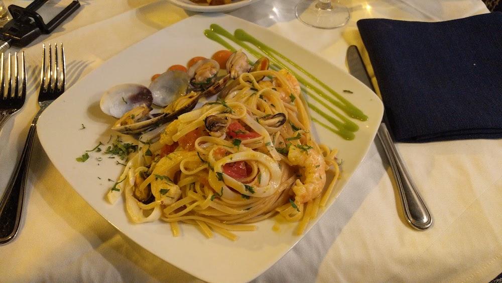 Zwiedzanie Apulii - co warto zobaczyć Otranto restauracja