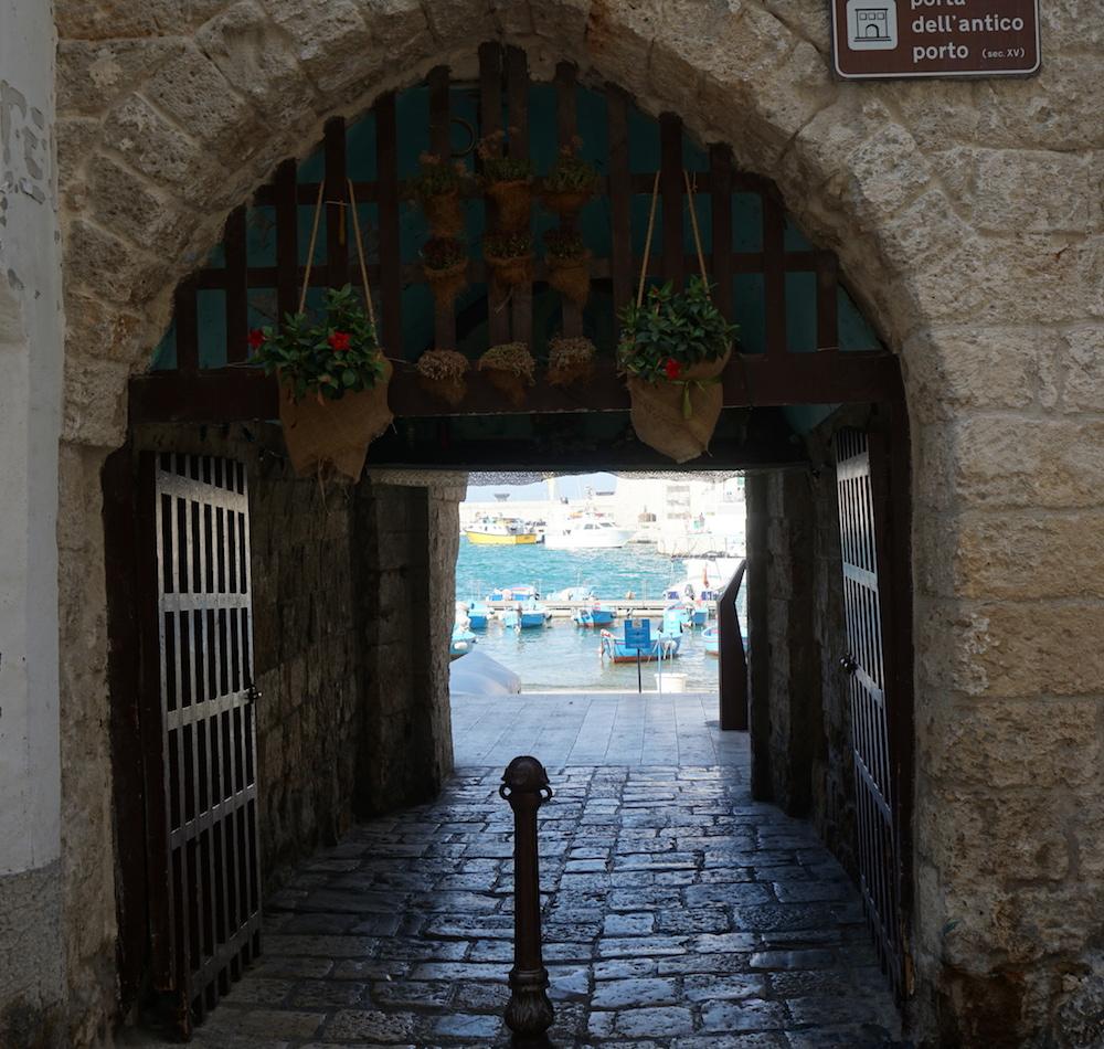 Zwiedzanie Apulii - co warto zwiedzić - Monopoli