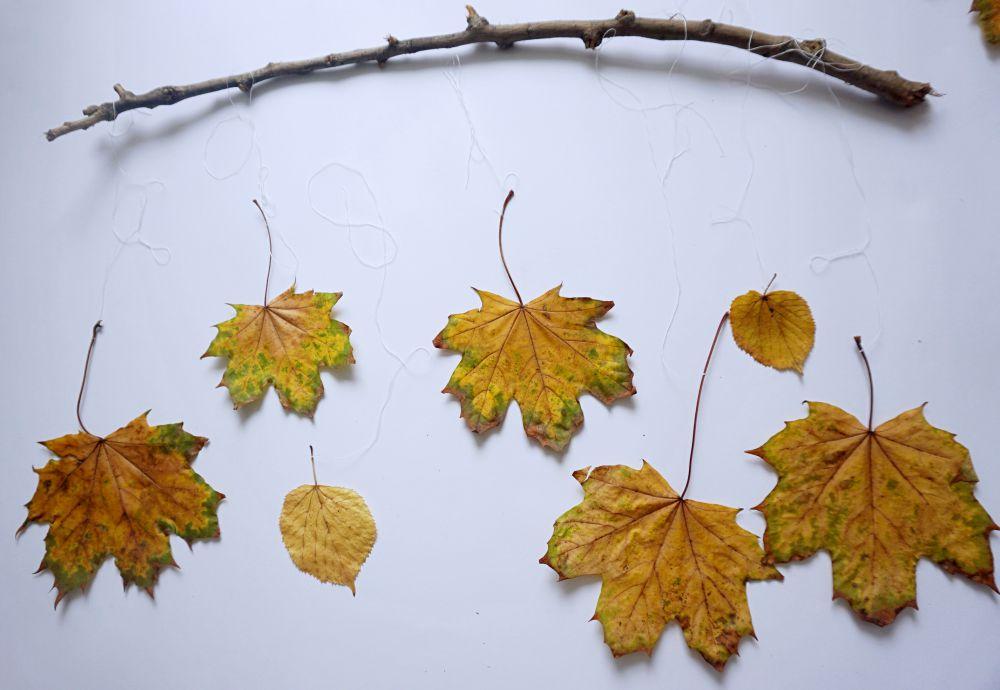 DIY Prosta jesienna dekoracja z liści