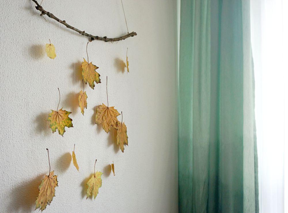 DIY Prosta jesienna ozdoba z liści - dekoracja do domu