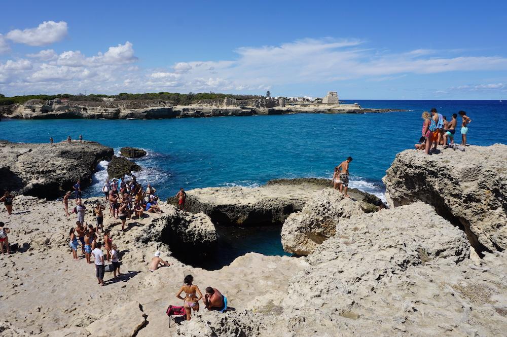 Plaże Apulii - Puglia co zobaczyć - Grotta della Poesia