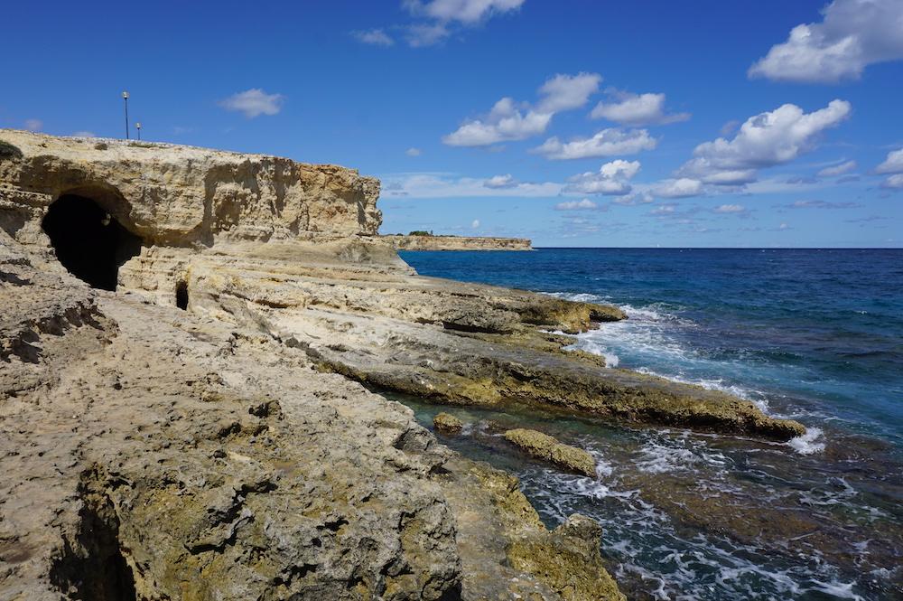 Plaże Apulii - Puglia co zobaczyć - Grotta del Pepe