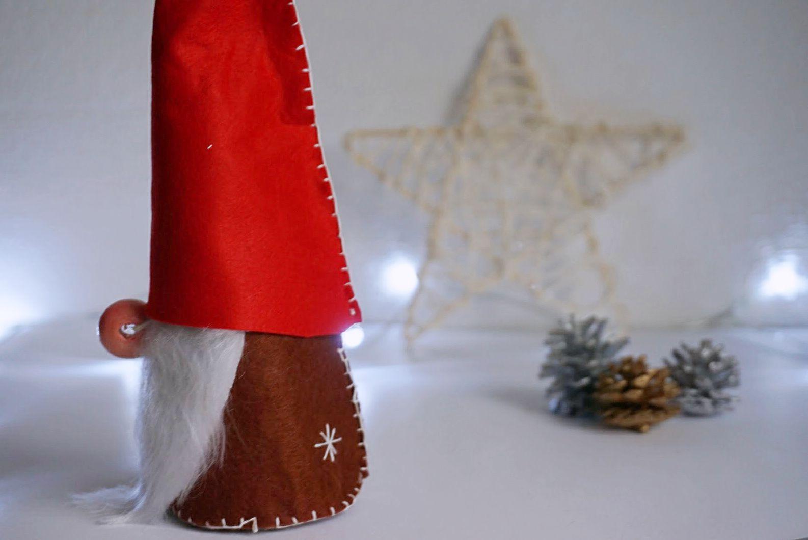 Dekoracje świąteczne DIY Skandynawski skrzat z filcu, scandinavian tomte