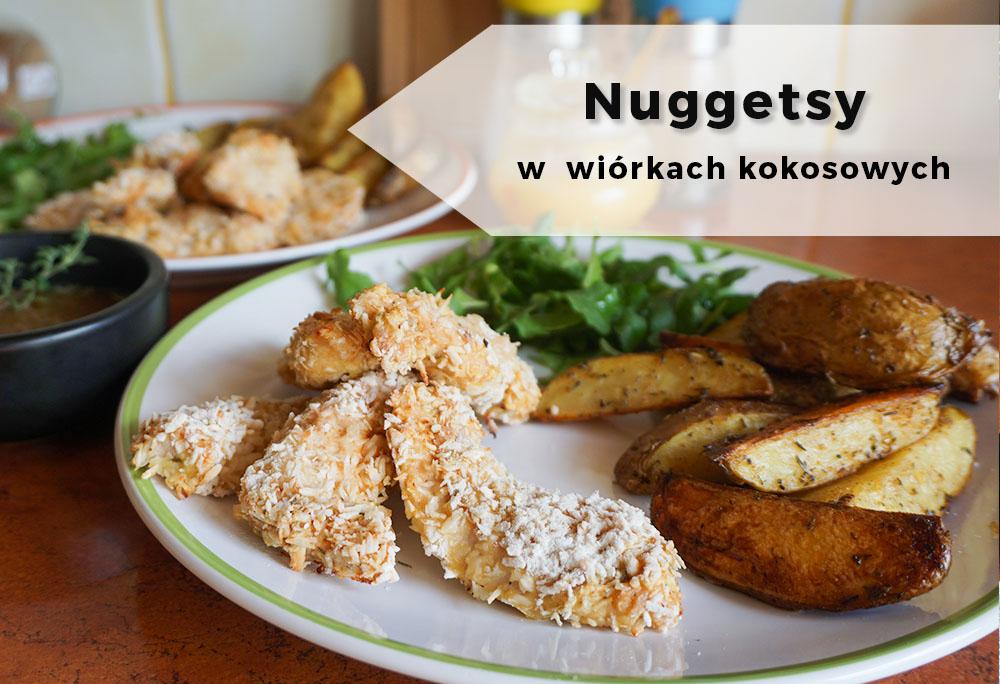 Nuggetsy w wiórkach kokosowych, sosem słodko-ostrym oraz domowymi ziemniaczkami