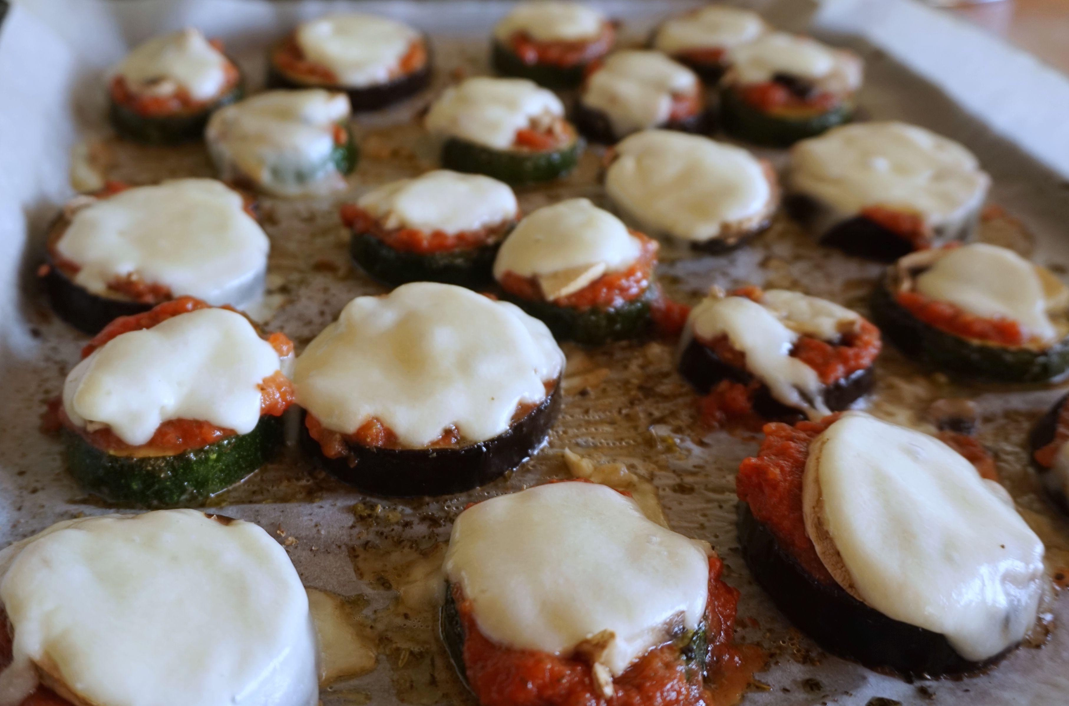 Przepis na mini pizze z bakłażana i cukinii