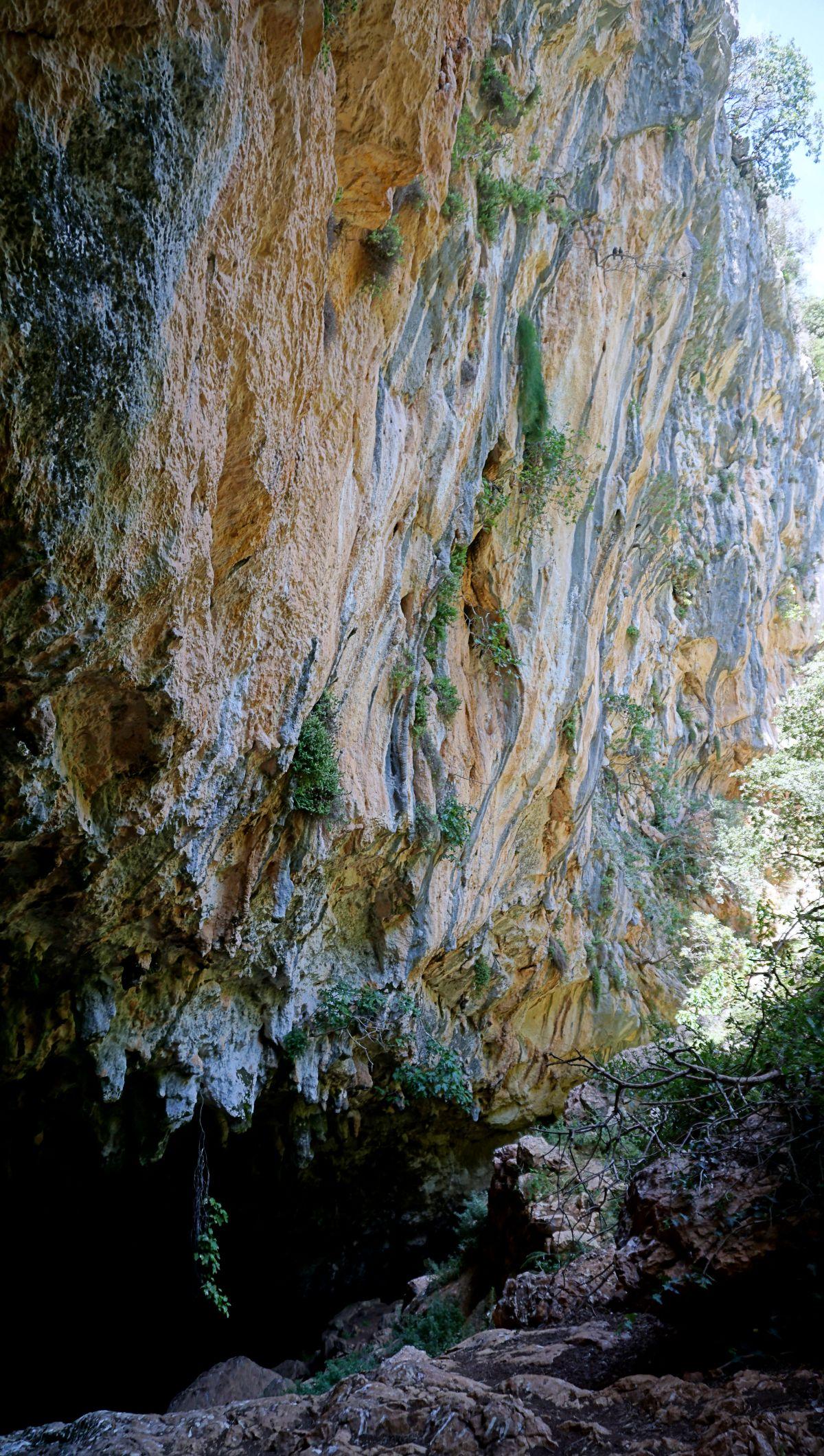 Co zobaczyć na Korfu? Najpiękniejsze miejsca Jaskinia Mikri Gráva