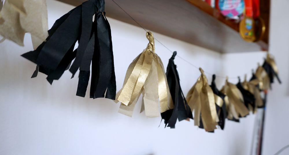 Wieczór panieński w stylu lat 20 - pomysły zrób to sam - złoto czarne