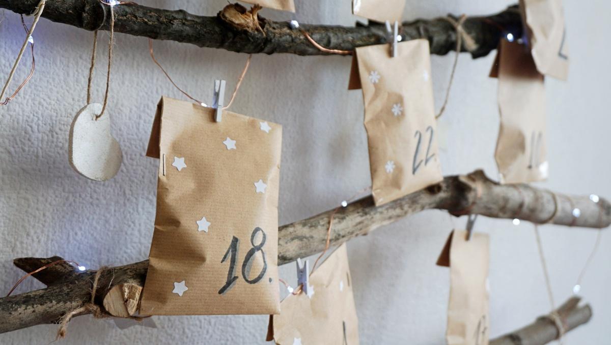 DIY Kalendarz adwentowy dla dwojga - zrób to sam - drukowane zadania dla par