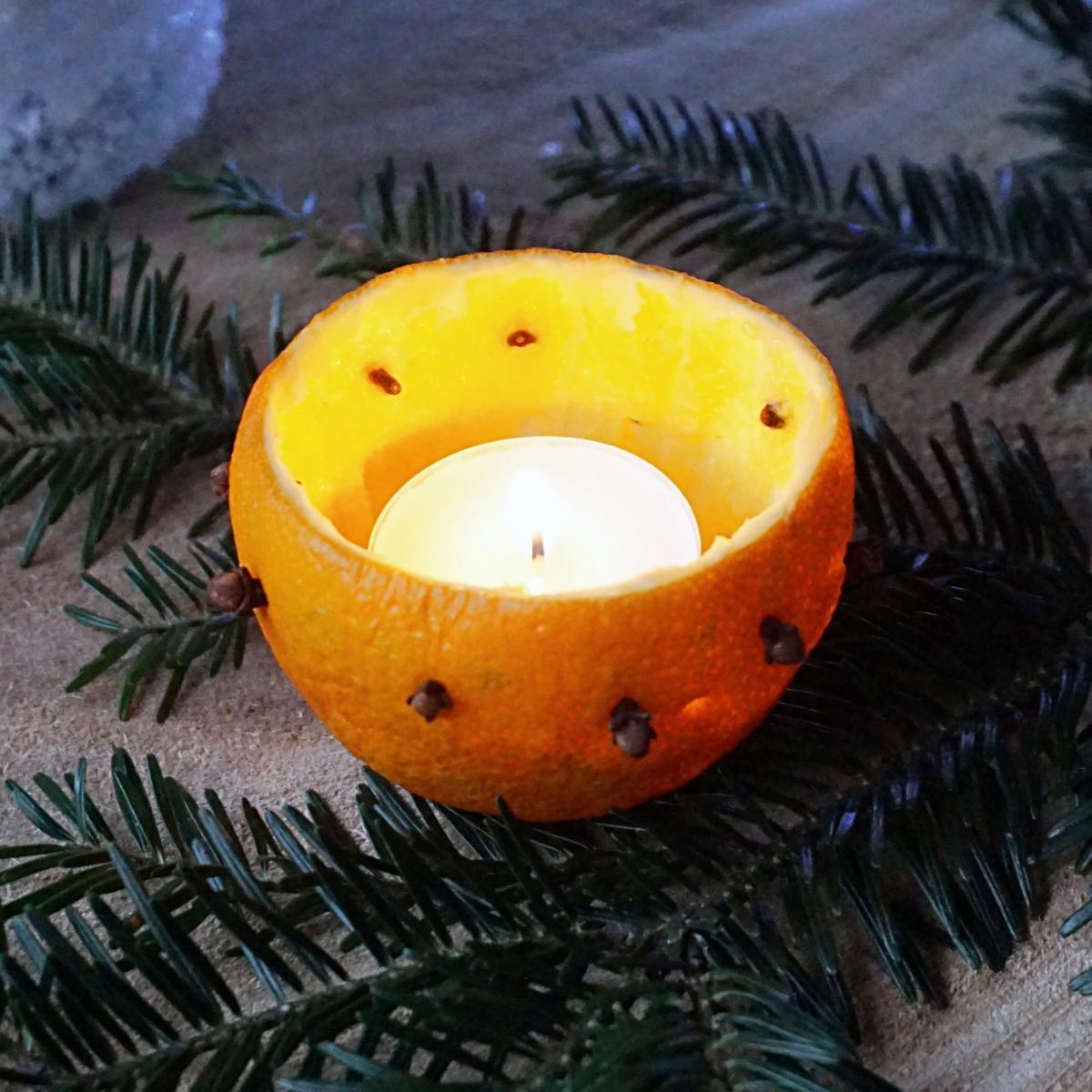 Świecznik z pomarańczy - dekoracje z pomarańczy