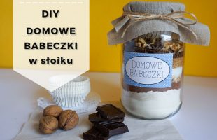 Pomysł na prezent - DIY Domowe babeczki w słoiku